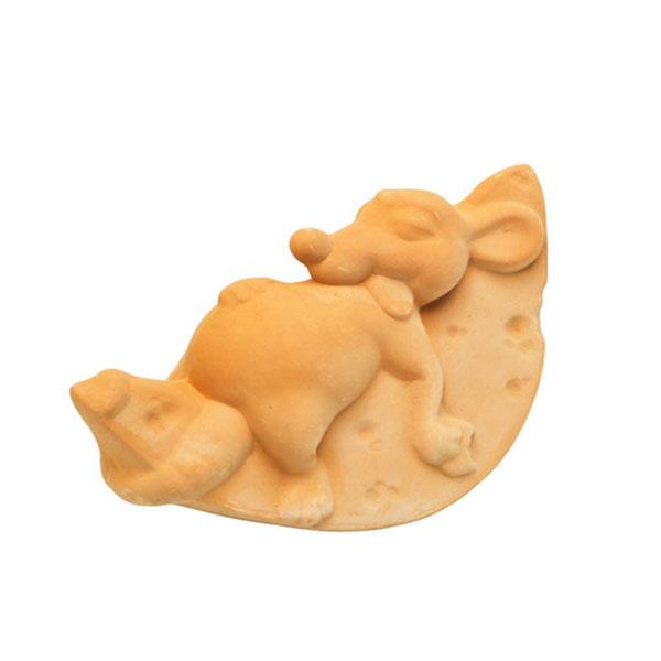 Мышь на сыре