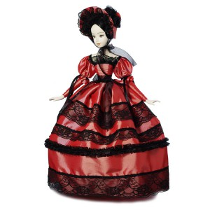 Кукла барышня с черным кружевом вишнёвая. Тубус
