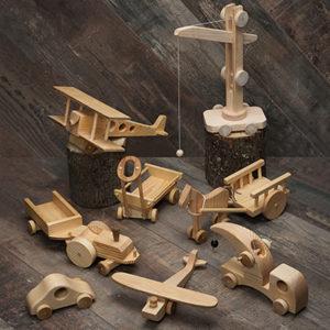 Игрушки из массива